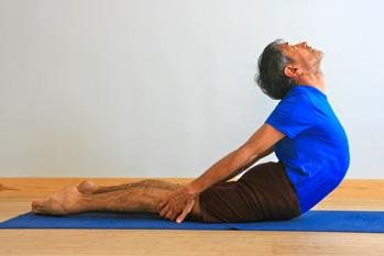 Stephane stretching his back